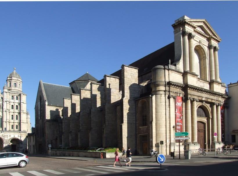 Церковь Сен-Этьена