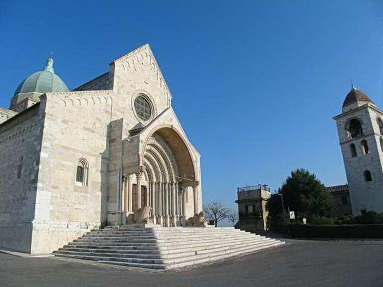 Кафедральный собор Сан-Сириако